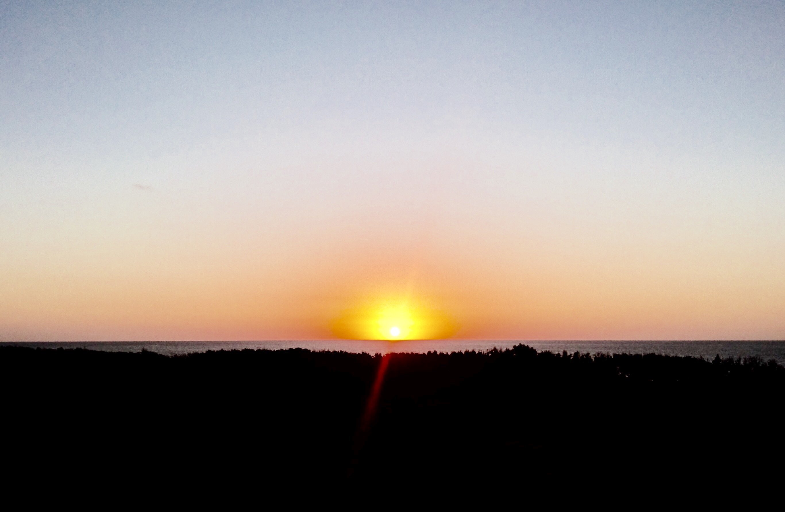 屋上からの日の出